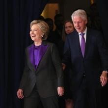 힐러리 클린턴, 대선은 빗나갔지만 컬러 트렌드는 맞추었다