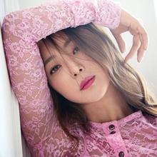 김희선, 봄을 부르는 화사한 핑크빛 여신 '어느 각도에서도 완벽해'