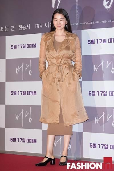 [패션엔 포토] 한지혜·장윤주·이솜, 특급 스타의 리얼 모노크롬 시사회룩 '미모 폭발'