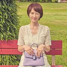 숏컷 여신 김선아, 푸켓 밝히는 모던 화이트 룩 '세련미 뿜뿜'