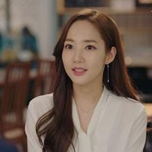 [그 옷 어디꺼] '김비서' 박민영, 설렘 폭발! 로맨틱한 팬던트 목걸이 어디꺼?