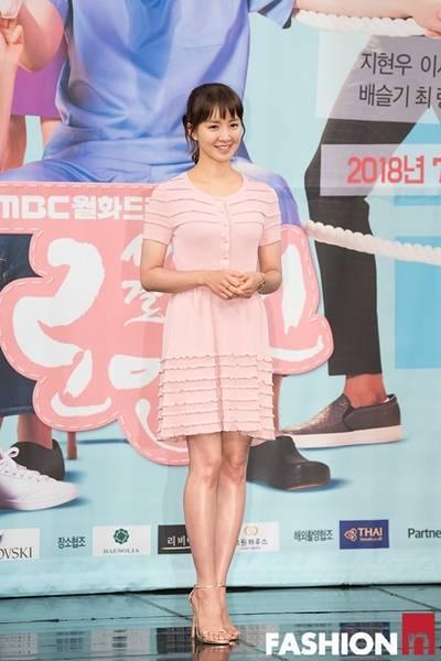 [패션엔 포토] 이시영·윤주희·선우선·배슬기, 미녀 4인방의 고품격 페미닌룩!