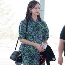 [패션엔 포토] 윤아, 소녀 감성 가득한 플라워 원피스룩 '눈부신 꽃미모'