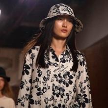 [리뷰] 패션위크 첫 데뷔작, 2019 봄/여름 알렉사 청 컬렉션