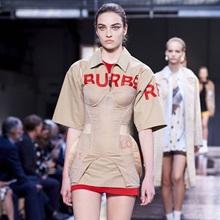 [리뷰] 리카르도 티시 첫 데뷔작, 2019 봄/여름 버버리 컬렉션
