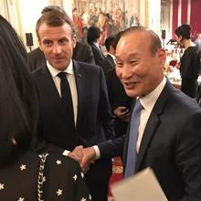 최병오 형지 회장, 佛 마크롱 대통령과 특급 만남! 글로벌 행보 주목