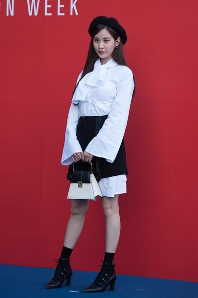 [패션엔 포토] 서현·정은지·임세미·함은정, 로맨시크 빛낸 로맨틱한 스타들