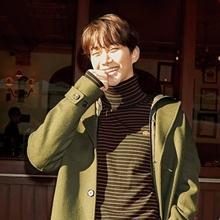 2PM 준호, 파리 수놓은 훈훈한 캐주얼룩 '반할 수 밖에'