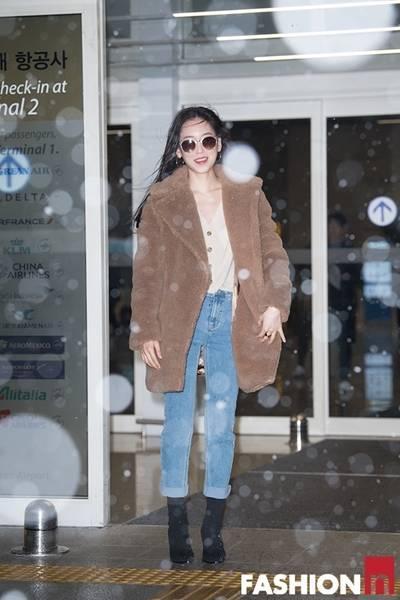 [패션엔 포토] 서현진, 눈보라에 더욱 빛난 테디베어 코트룩 '설렘주의보'