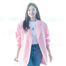 [패션엔 포토] 박민영, 봄을 재촉하는 화사한 핑크빛 사탕 요정 '예쁨 폭발'
