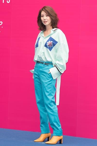 [패션엔 포토]  김성령·안현모·진영, 런웨이보다 핫한 카루소 셀럽룩