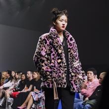 [SFW 리뷰] 아트와 패션의 믹스, 그리디어스 2019 가을/겨울 컬렉션