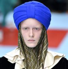구찌, 시크교 상징 '터번' 95만원에 판매...시크교도들 뿔났다