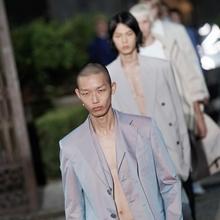 [리뷰] 스포츠 테일러링의 진수 2020 봄/여름 지방시 남성복 컬렉션