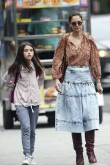 '톰 크루즈 딸' 수리 크루즈, 많이 컸네! 모녀의 다정한 일상