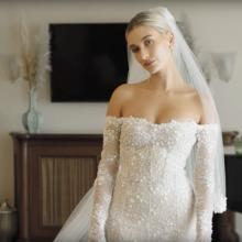헤일리 볼드윈, 버질 아블로가 만든 웨딩드레스 피팅 장면