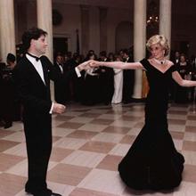 '존 트라볼타와 춤추는 다이애나' 드레스가 4억 2천만원?